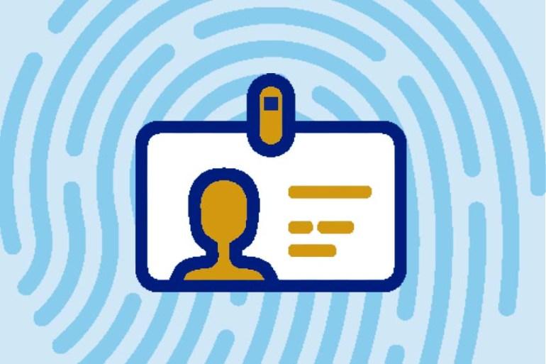 Denunciar un perfil falso de Facebook a la policía u otras redes sociales de Internet