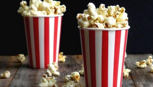Prohibiciónpara entrar con comida en el cine